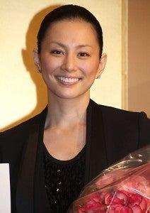 オールバックな米倉涼子