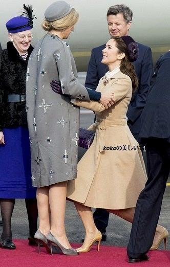 皇后雅子様とメアリー皇太子妃の挨拶の ...