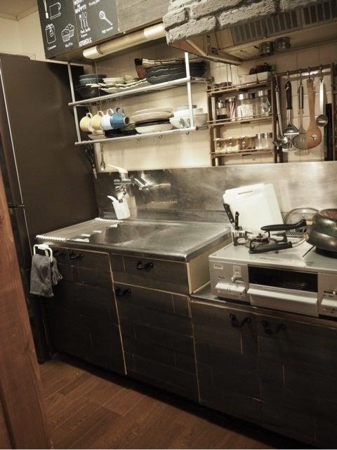 Osb合板 冷蔵庫隙間に合板壁をdiy Ehamiの賃貸diy
