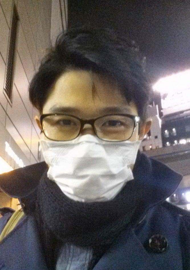 マスクしてもメガネが曇らない裏ワザが簡単すぎる 鈴木亮平