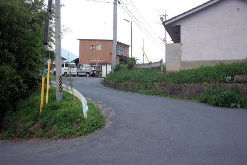 岡城/⑦岡団地の入口