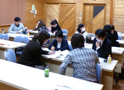 山梨の企業研修、社員研修、職員研修。研修講師の石川聡。ファシリテーション、会議の進め方研修。