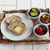 私のチーズブレッドプレートと息子の焼きそばプレートな朝食たち♪とドラクエ好きな息子にイベント!の画像