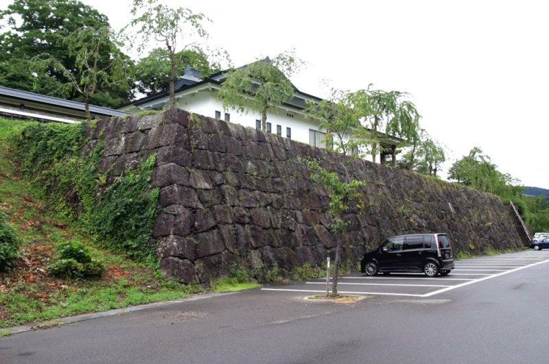 飯山城/③駐車場にある石垣