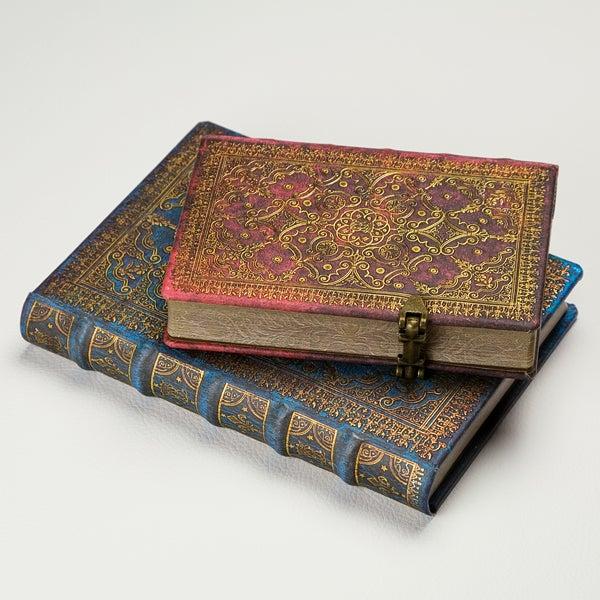 Favorite Note / from バックヤード魔法書?それとも航海日誌? 古い書物のようなノート / ペーパーブランクス ファンファール