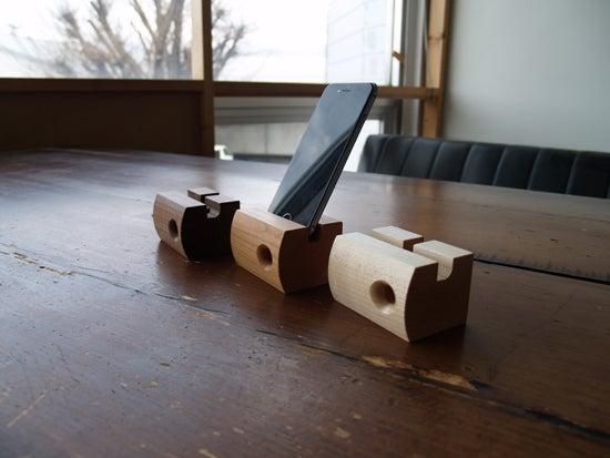 木製アイフォンスピーカー