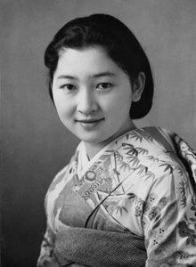 若い頃、美智子妃殿下のお写真を拝見したり、歌会始の和歌を拝読したりすると、