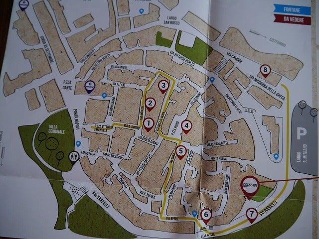 南イタリア、プーリアに行きたい人に見てほしいブログロコロトンドの記事(9件)ロコロトンドのきれいなレストランロコロトンドへの行き方小さな白い街、ロコロトンドの見どころ 地図付きロコロトンドの旧市街のきれいなレストランロコロトンドのお勧めレストランロコロトンドのお勧め教会ロコロトンドのワイナリー花いっぱいのロコロトンドの町美しいロコロトンドの町