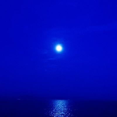 天秤座満月のパワーで、「愛されない」ネガティブな感情を手放すワーク♪の記事に添付されている画像