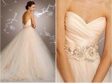 挙式前に花嫁様のオメデタが発覚し、急遽前日に最終決定となったHAPPYドレスです キャッ