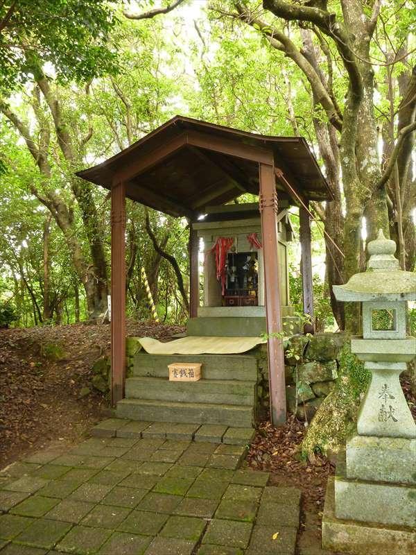 2015年7月 高知市 烏帽子山の石土神社 五月大祭 | 旅する石鎚信仰者