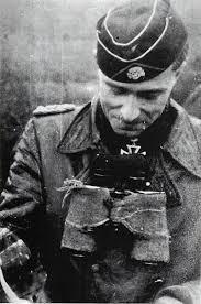 ヨアヒム・パイパー SS大佐   戦車兵のブログ
