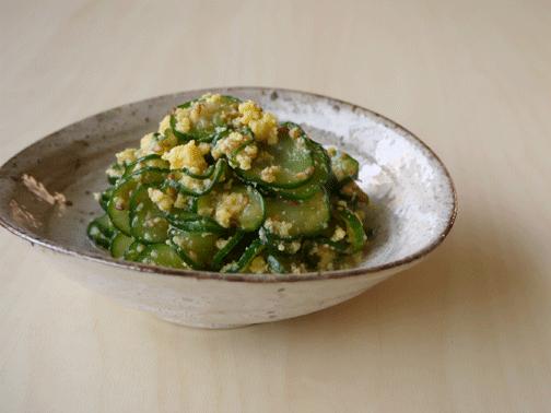 きゅうりと炒り卵の酢の物02
