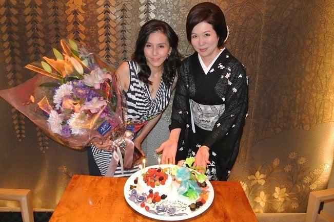 白金料庭槐樹 杉本彩さん&伊藤由美ママ