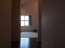 こども部屋/ペンダント/照明/窓/カーテン