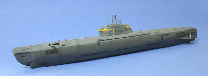 伊二百一型潜水艦