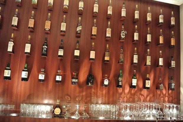 Nakamura Whiskey Saloonカウンター2