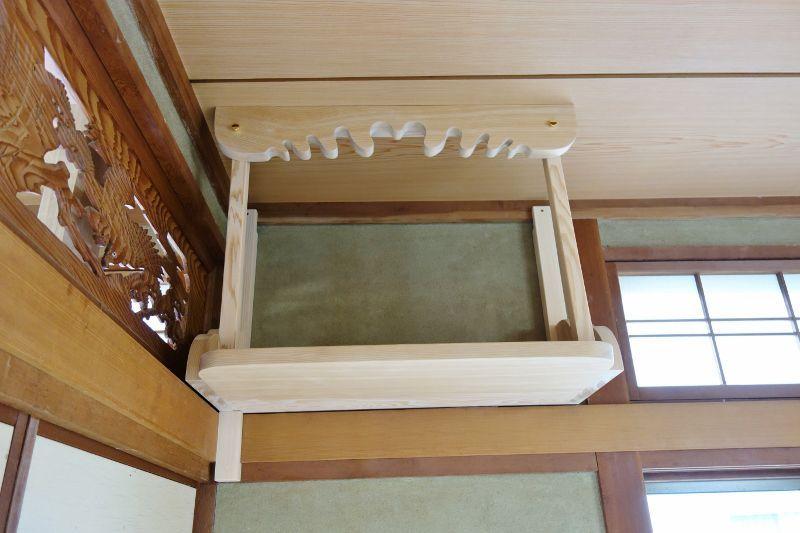 台湾檜で作った特製神棚(棚板+雲板+雲型支柱)