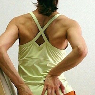 使っていないところを動かすのが運動!座ったままできる一番簡単な運動はコレ!の記事に添付されている画像