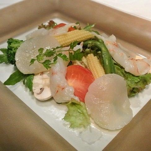 シェイノ 帆立と手長海老のサラダ仕立て