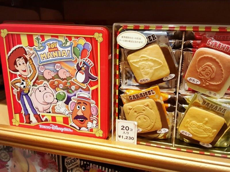 トイ・ストーリーキャラクターチョコサンドクッキー缶 1,230yen