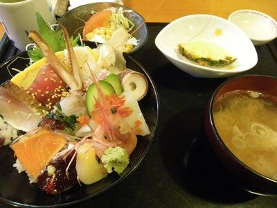 海鮮丼(サービスランチ)