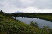 八幡沼からの岩手山