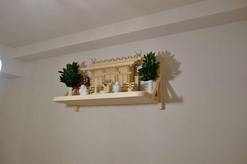 通し屋根三社+国産ひのき製棚板