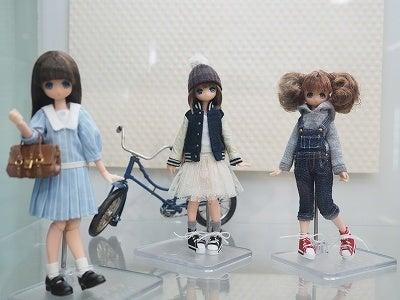 ご存知かとは思いますが、関口妙子さんが『小さなお人形のためのドール・コーディネイト・レシピ』を出版されたので、その本の中で出てきたモデルさんたちがたくさん