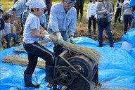 20151003稲刈りツアー⑤脱穀体験