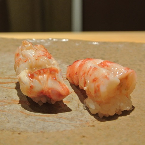 六本木 鮨さいとう ぼたん海老握り
