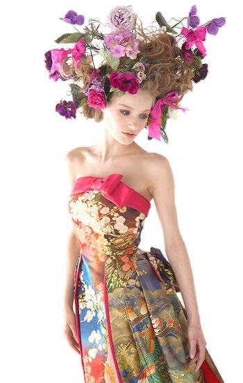 ヘッドドレス個性的です | mayuのウェディングブーケ&花飾り