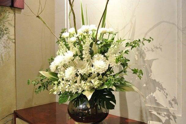 うかい亭 銀座 藤の間花