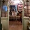 クリスマス飾りのカフェの画像