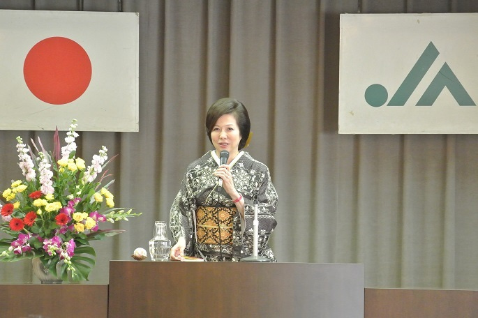 JAびえい記念講演 講師・伊藤由美ママ2