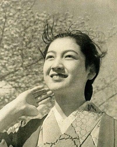 桜と原節子