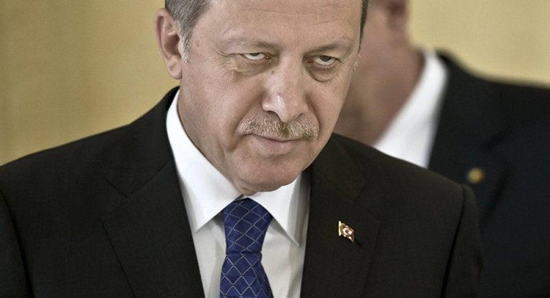 トルコの大統領は ドえらい三白...