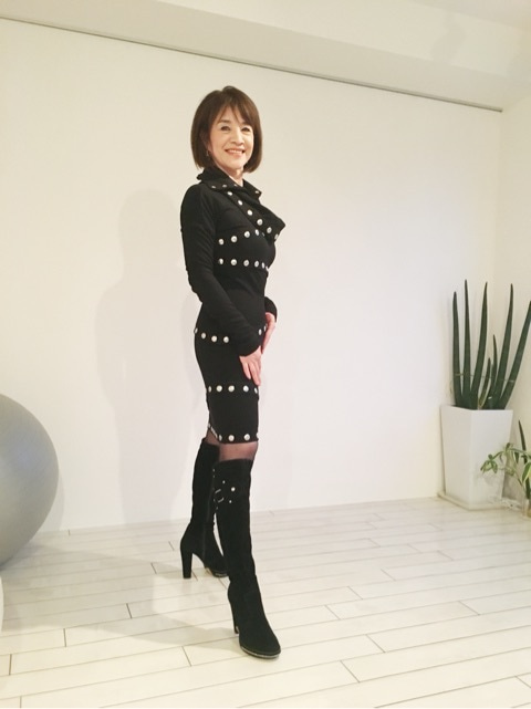 藍 とも子さん (TOMOKO AI)インタビュー 2015 12月 ② | 東京 学芸 ...