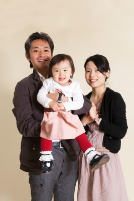 「心をわしずかみされました!」家族写真【お客様の声】の記事より