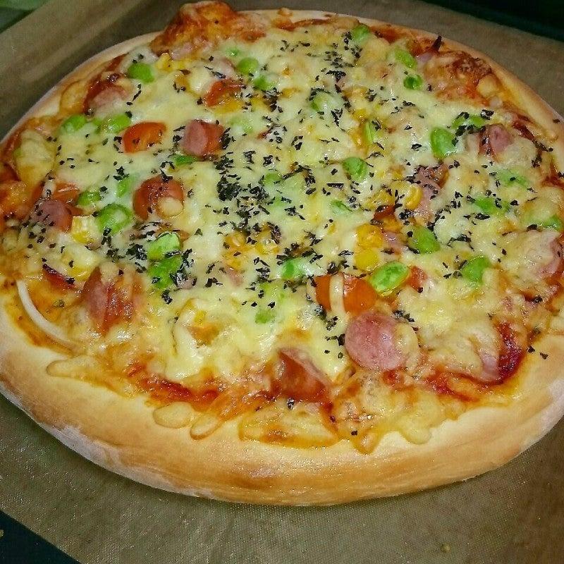 ウインナーと枝豆のピザ