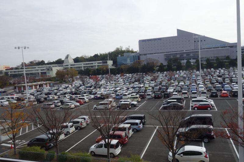 エキスポ シティ 駐 車場