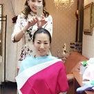 美姿勢協会代表 鄭由美先生 パーソナルカラー診断へご来店の記事より