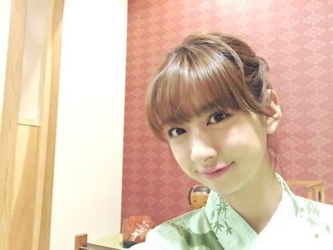 髪のアクセサリーが素敵な中田あすみさん