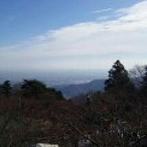 大山の神社へ