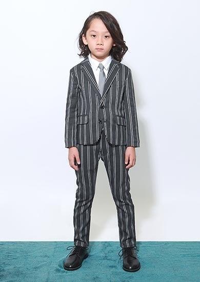 c28cd0e907adc ジェネレーター スーツ 入学式 卒様式;グレーレジメンタルスーツ