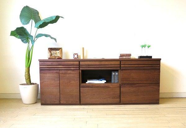 ユニット家具で収納家具をカスタマイズ