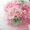 ピンクのお花にミントグリーンをプラスしたシェアブーケをお届けしました。の画像