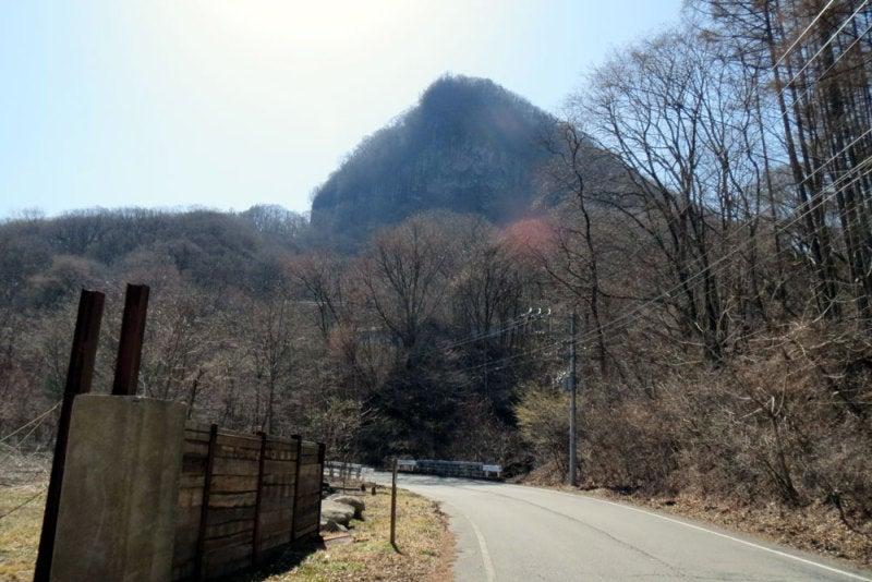 丸岩城②西から