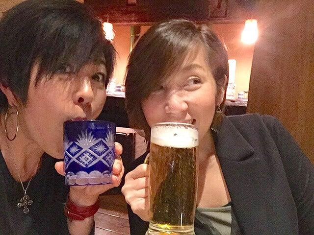 エイミーとriccaのサシ飲み