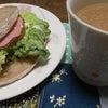 ありふれた朝食の画像